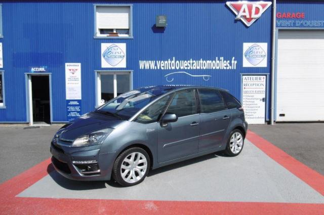 voiture occasion citroen c4 picasso 2 0 hdi150 fap exclusive 2012 diesel 44730 saint michel chef. Black Bedroom Furniture Sets. Home Design Ideas