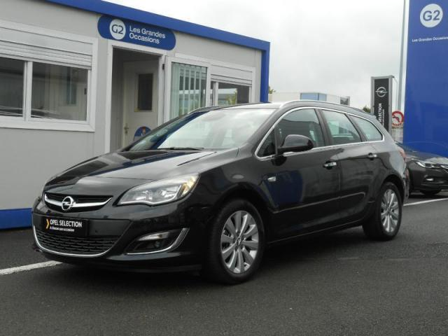 voiture occasion opel astra sports tourer 1 7 cdti 130ch cosmo 2013 diesel 53000 laval mayenne. Black Bedroom Furniture Sets. Home Design Ideas