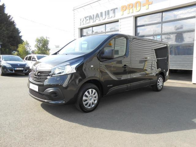 voiture occasion renault trafic fgn l2h1 1200 kg dci 120 e6 grand confort 2016 diesel 53940. Black Bedroom Furniture Sets. Home Design Ideas