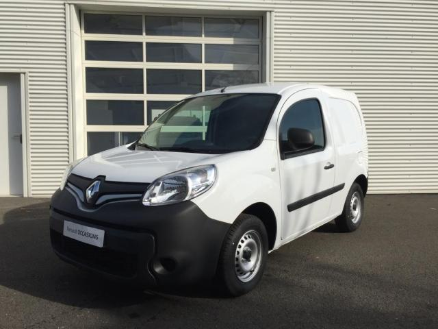 voiture occasion renault kangoo express compact 1 5 dci 75 energy e6 generique 2017 diesel 53100. Black Bedroom Furniture Sets. Home Design Ideas