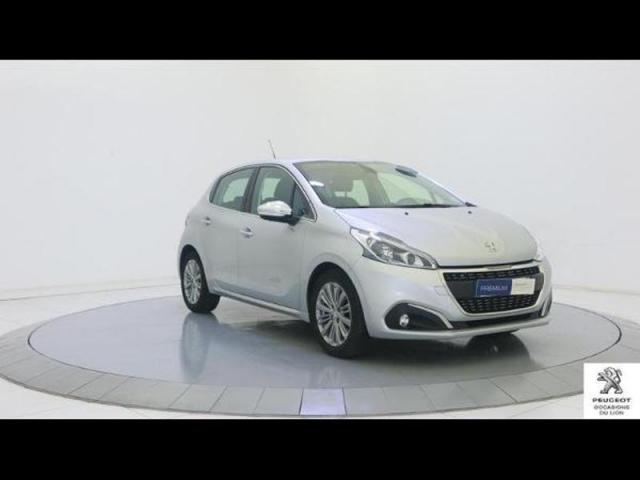 voiture occasion peugeot 208 1 6 bluehdi 100ch allure 5p 2017 diesel 53000 laval mayenne. Black Bedroom Furniture Sets. Home Design Ideas