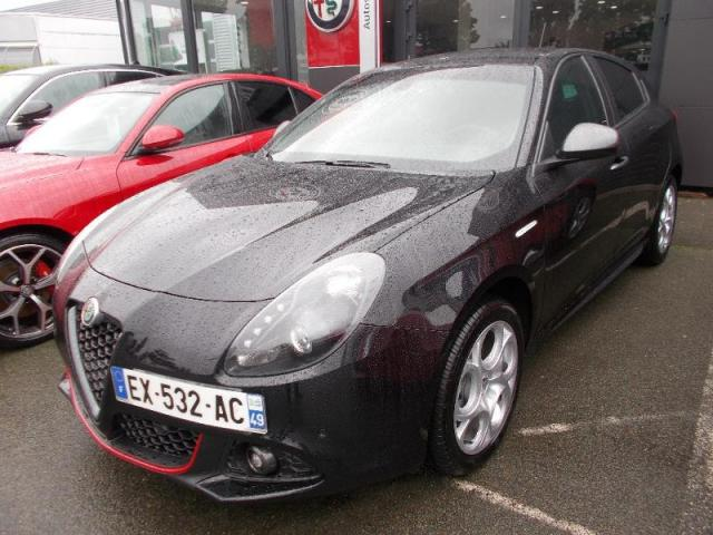 voiture occasion alfa romeo giulietta 1 4 tjet 120ch super stop start 2017 essence 49000 angers. Black Bedroom Furniture Sets. Home Design Ideas