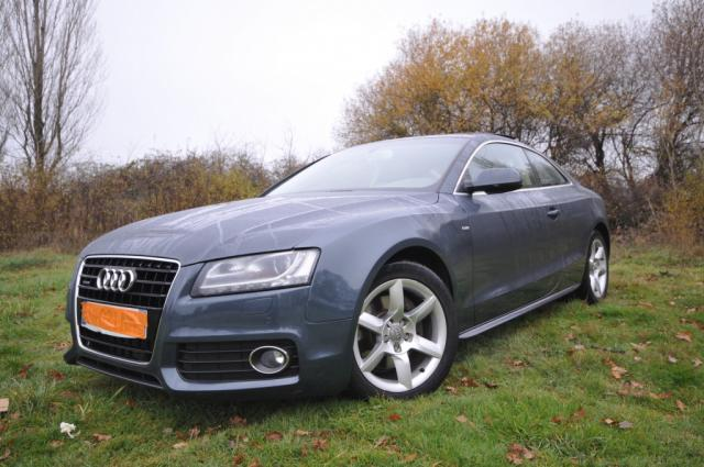 voiture occasion audi a5 3 0 v6 tdi 240 ambition luxe 2010 diesel 56000 vannes morbihan. Black Bedroom Furniture Sets. Home Design Ideas