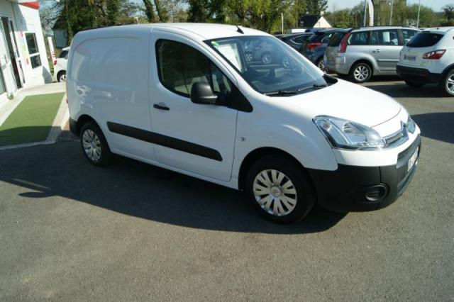 voiture occasion citroen berlingo 20 l1 hdi 75 club 2013 diesel 56300 pontivy morbihan. Black Bedroom Furniture Sets. Home Design Ideas