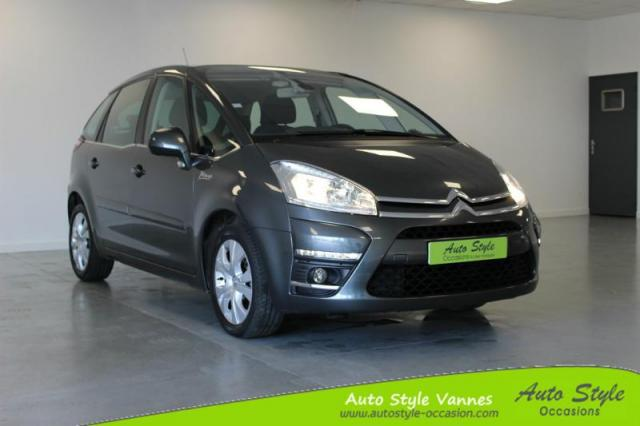 voiture occasion citroen c4 picasso 1 6 e hdi 110ch fap millenium bmp6 2013 diesel 56450 theix. Black Bedroom Furniture Sets. Home Design Ideas
