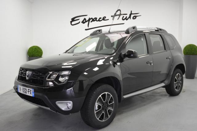 voiture occasion dacia duster 1 5 dci 110ch black touch 2017 4x2 edc 2017 diesel 29000 quimper. Black Bedroom Furniture Sets. Home Design Ideas