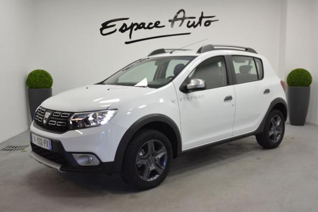 dacia sandero stepway occasion essence dacia sandero stepway tce 90 prestige essence occasion. Black Bedroom Furniture Sets. Home Design Ideas