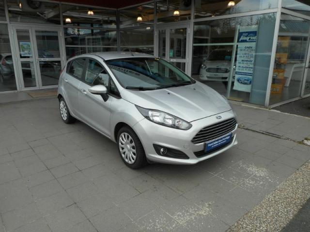 voiture occasion ford fiesta 1 0 ecoboost 100ch stop start edition 5p 2015 essence 14100 lisieux. Black Bedroom Furniture Sets. Home Design Ideas