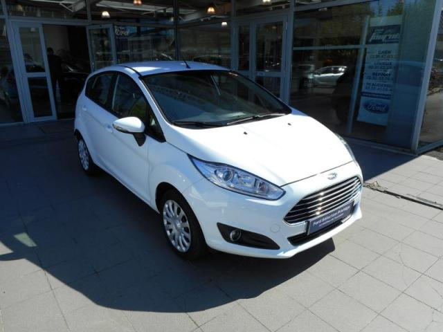 voiture occasion ford fiesta 82ch edition 5p 2015 essence 14100 lisieux calvados. Black Bedroom Furniture Sets. Home Design Ideas