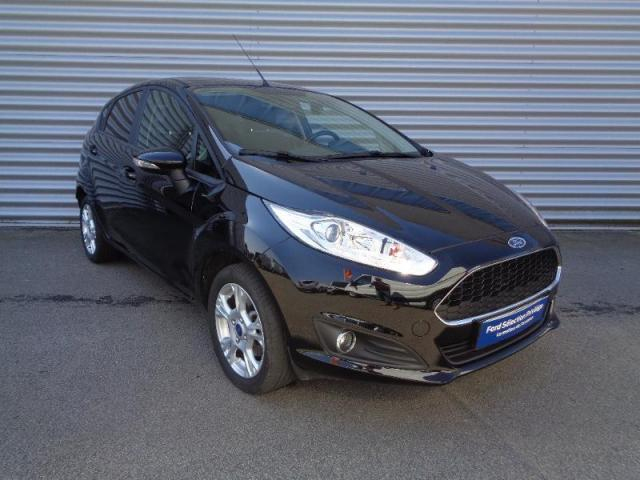 voiture occasion ford fiesta 82ch edition 5p 2016 essence 56000 vannes morbihan. Black Bedroom Furniture Sets. Home Design Ideas