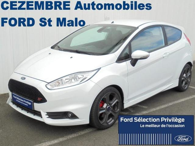 voiture occasion ford fiesta st 1 6 ess 182ch 3p 2017 essence 35400 saint malo ille et vilaine. Black Bedroom Furniture Sets. Home Design Ideas