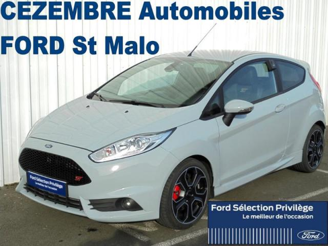 voiture occasion ford fiesta st200 1 6 ess 215ch 2017 essence 35400 saint malo ille et vilaine. Black Bedroom Furniture Sets. Home Design Ideas