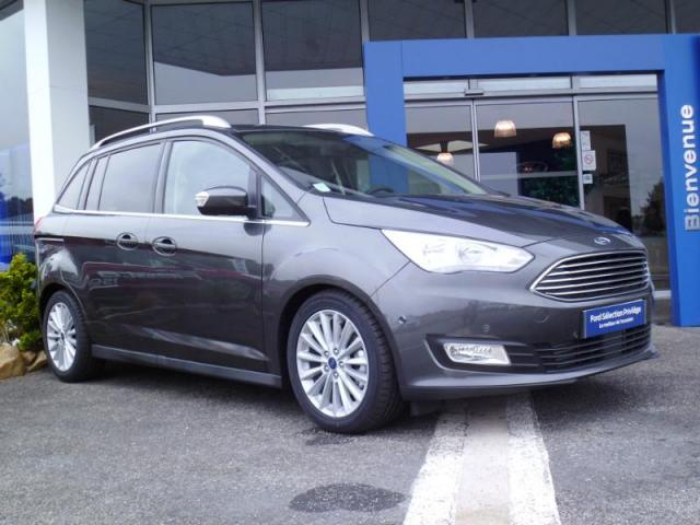 voiture occasion ford grand c max 2 0 tdci 150ch stop start titanium 2017 diesel 56300 pontivy. Black Bedroom Furniture Sets. Home Design Ideas