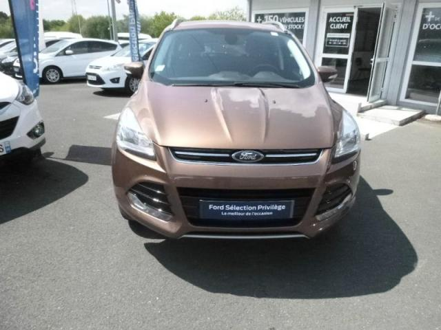 voiture occasion ford kuga 2 0 tdci 150ch titanium 4x4 powershift 2015 diesel 44800 saint. Black Bedroom Furniture Sets. Home Design Ideas
