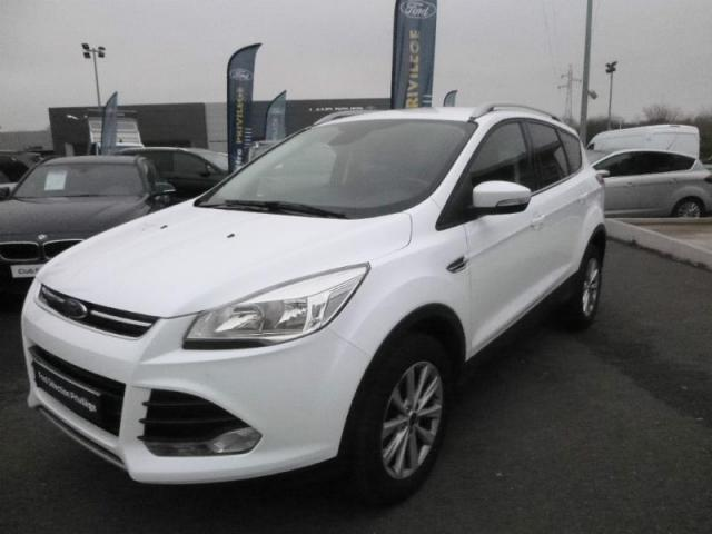 voiture occasion ford kuga 2 0 tdci 150ch titanium 4x4 powershift 2016 diesel 44600 saint. Black Bedroom Furniture Sets. Home Design Ideas
