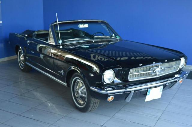 voiture occasion ford mustang convertible v8 1965 essence. Black Bedroom Furniture Sets. Home Design Ideas