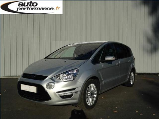 voiture occasion ford s max 2 0 tdci140 dpf titanium 7pl 2014 diesel 29000 quimper finist re. Black Bedroom Furniture Sets. Home Design Ideas