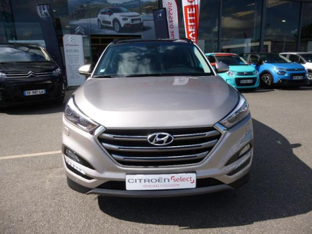 voiture occasion hyundai tucson 1 7 crdi 141ch executive 2wd dct 7 2016 diesel 56860 s n. Black Bedroom Furniture Sets. Home Design Ideas