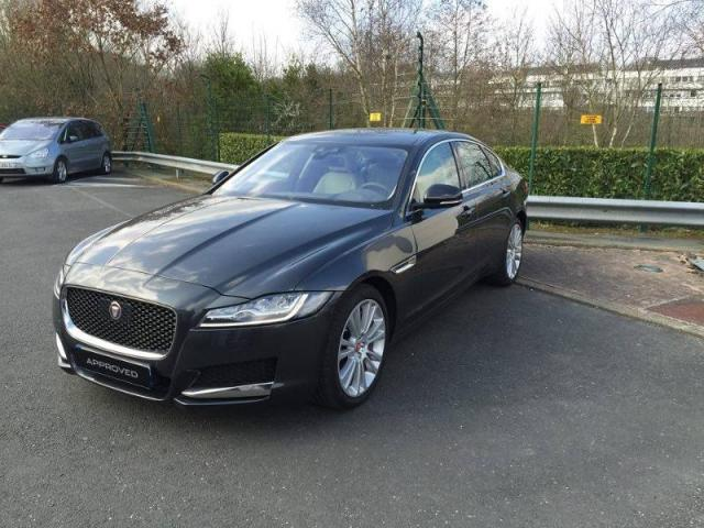voiture occasion jaguar xf 3 0 v6 d 300ch portfolio bva 2016 diesel 44800 saint herblain loire. Black Bedroom Furniture Sets. Home Design Ideas