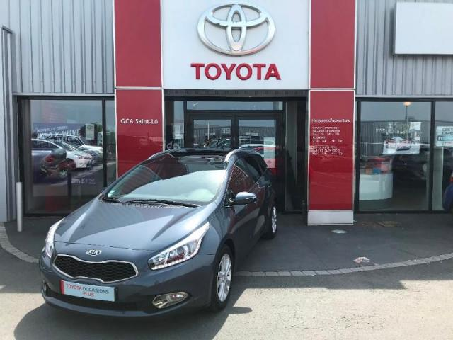voiture occasion kia cee 39 d sw 1 6 crdi 128ch active 2012 diesel 50000 saint l manche. Black Bedroom Furniture Sets. Home Design Ideas