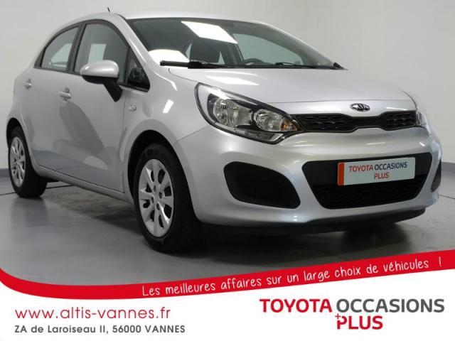 voiture occasion kia rio 1 2 85ch active 5p 2015 essence 56000 vannes morbihan votreautofacile. Black Bedroom Furniture Sets. Home Design Ideas