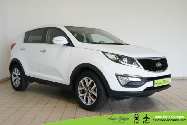 voiture occasion kia sportage 1 7 crdi 115ch isg business 4x2 2015 diesel 29000 quimper. Black Bedroom Furniture Sets. Home Design Ideas