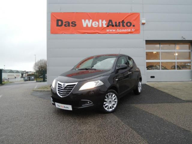 voiture occasion lancia ypsilon 1 3 mjt 95 gold 5p 2012 diesel 29000 quimper finist re. Black Bedroom Furniture Sets. Home Design Ideas