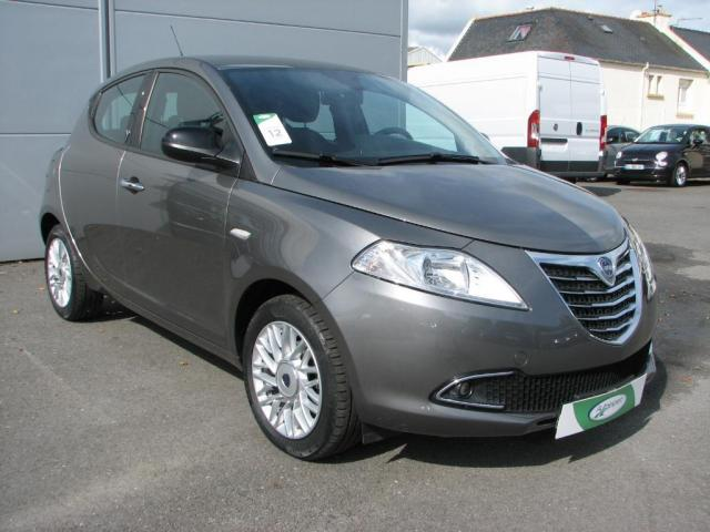 voiture occasion lancia ypsilon 1 3 mjt 95ch gold s s 5p 2014 diesel 29200 brest finist re. Black Bedroom Furniture Sets. Home Design Ideas
