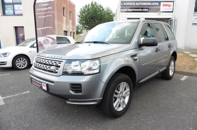 voiture occasion land rover freelander td4 silver mark v 4x4 2014 diesel 56000 vannes morbihan. Black Bedroom Furniture Sets. Home Design Ideas