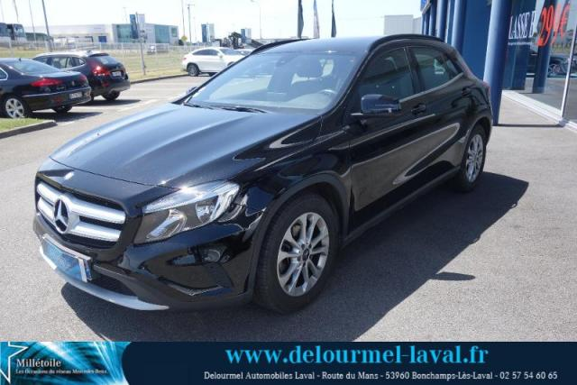 voiture occasion mercedes classe gla 200 d inspiration 7g dct 2015 essence 53960 bonchamp l s. Black Bedroom Furniture Sets. Home Design Ideas