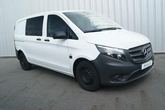 voiture occasion mercedes vito 109 cdi mixto compact pro e6 2016 diesel 56300 pontivy morbihan. Black Bedroom Furniture Sets. Home Design Ideas