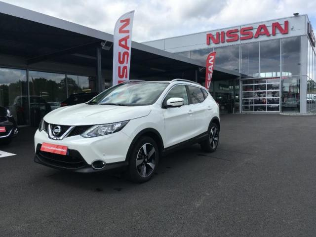 voiture occasion nissan qashqai 1 5 dci 110ch connect edition euro6 2016 diesel 35510 cesson. Black Bedroom Furniture Sets. Home Design Ideas