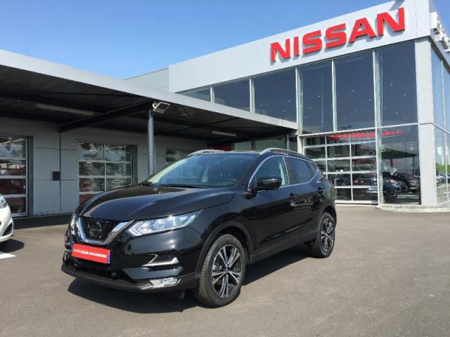 voiture occasion nissan qashqai 1 5 dci 110ch n connecta 2017 diesel 35510 cesson s vign ille. Black Bedroom Furniture Sets. Home Design Ideas