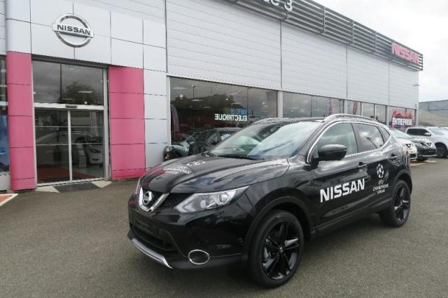 voiture occasion nissan qashqai 1 6 dci 130ch black edition 2017 diesel 35510 cesson s vign. Black Bedroom Furniture Sets. Home Design Ideas