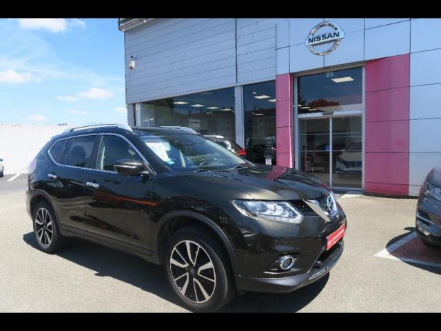 voiture occasion nissan x trail 1 6 dci 130ch tekna euro6 2015 diesel 35510 cesson s vign ille. Black Bedroom Furniture Sets. Home Design Ideas