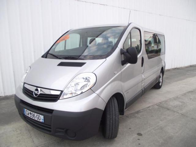 voiture occasion opel vivaro combi 9 places cdti 115 2013 diesel 44150 saint g r on loire. Black Bedroom Furniture Sets. Home Design Ideas
