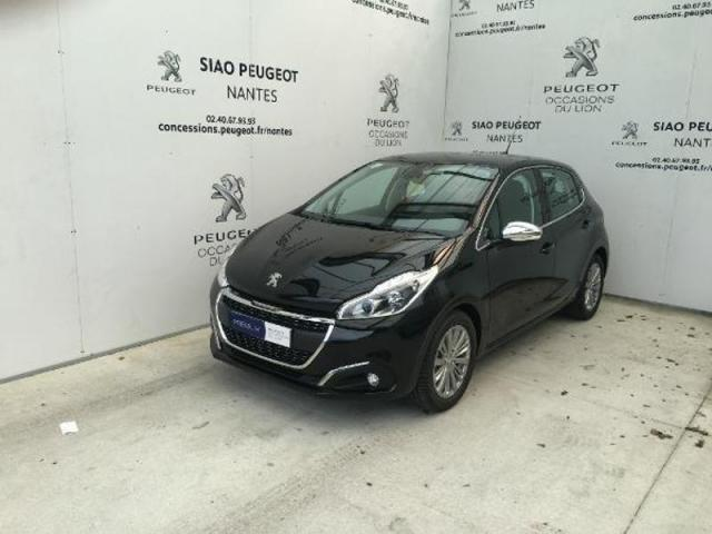 voiture occasion peugeot 208 1 2 puretech 82ch allure 5p 2015 essence 44700 orvault loire. Black Bedroom Furniture Sets. Home Design Ideas