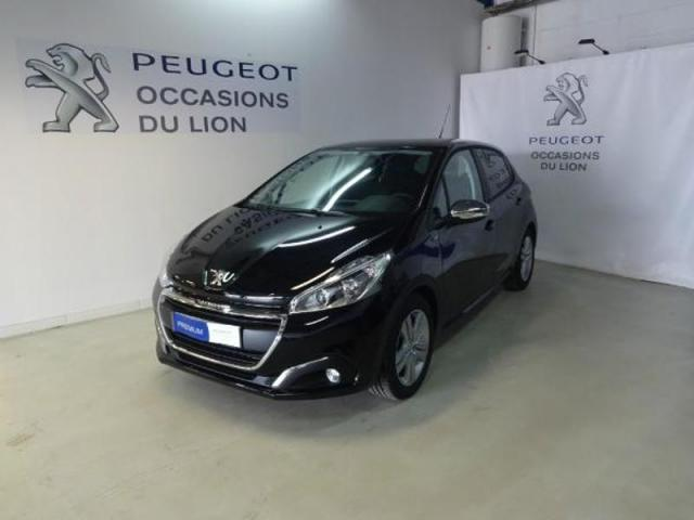 voiture occasion peugeot 208 1 2 puretech 82ch style 5p 2018 essence 14000 caen calvados. Black Bedroom Furniture Sets. Home Design Ideas