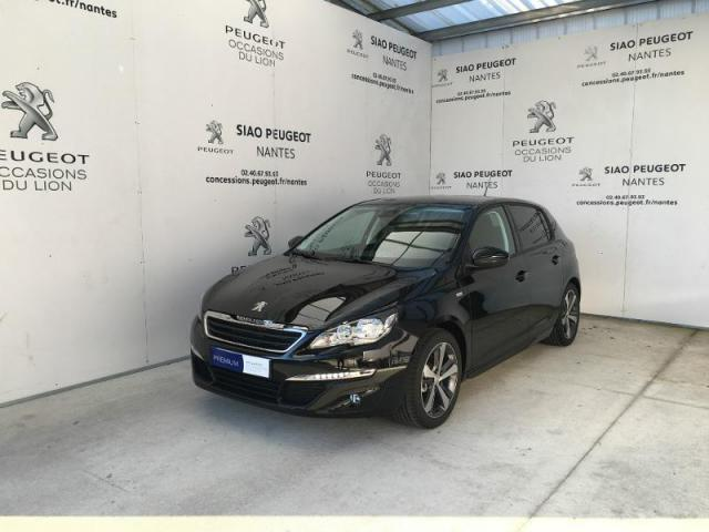 voiture occasion peugeot 308 1 2 puretech 110ch style s s 5p 2017 essence 44700 orvault loire. Black Bedroom Furniture Sets. Home Design Ideas