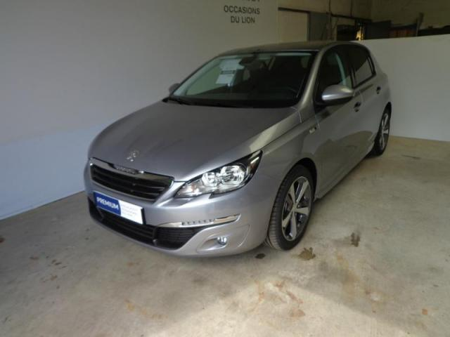 voiture occasion peugeot 308 1 6 bluehdi 120ch style s s 5p 2017 diesel 14400 bayeux calvados. Black Bedroom Furniture Sets. Home Design Ideas