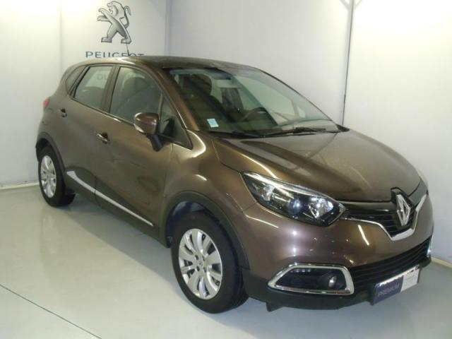 Voiture occasion renault captur dci 90 energy business s s for Garage peugeot lannion 22300