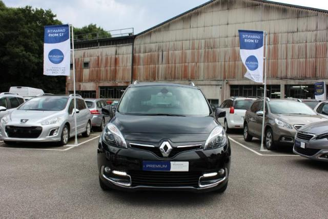 voiture occasion renault grand scenic 1 6 dci 130ch energy bose eco 7 places 2014 diesel 29000. Black Bedroom Furniture Sets. Home Design Ideas