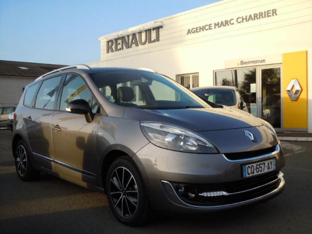 voiture occasion renault grand scenic 1 5 dci 110ch fap bose edc 7 places 2013 diesel 44650 leg. Black Bedroom Furniture Sets. Home Design Ideas