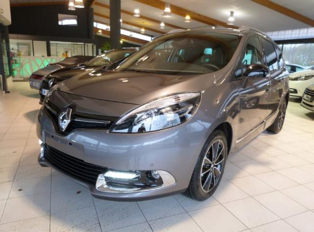 voiture occasion renault grand scenic dci 130 energy bose eco 7pl 2016 diesel 29000 quimper. Black Bedroom Furniture Sets. Home Design Ideas