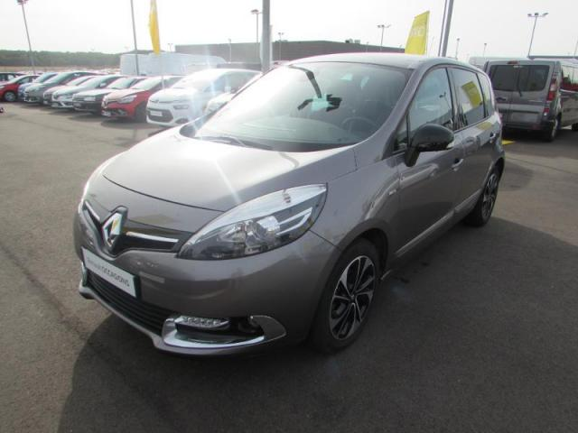voiture occasion renault scenic 1 6 dci 130ch energy bose. Black Bedroom Furniture Sets. Home Design Ideas