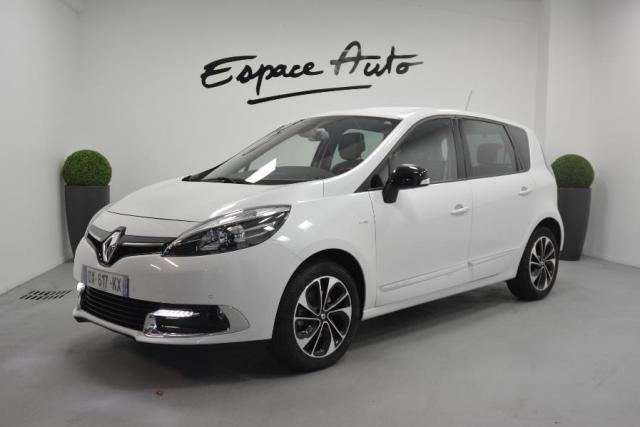 voiture occasion renault scenic 1 5 dci 110ch energy bose eco 2015 2015 diesel 29000 quimper. Black Bedroom Furniture Sets. Home Design Ideas