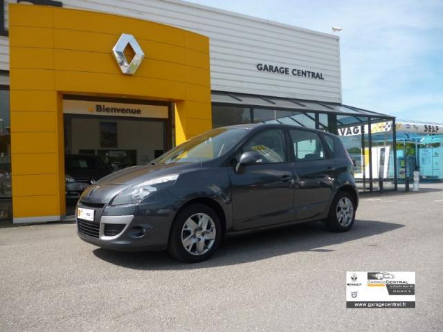 voiture occasion renault scenic 1 5 dci 95 expression 2011. Black Bedroom Furniture Sets. Home Design Ideas