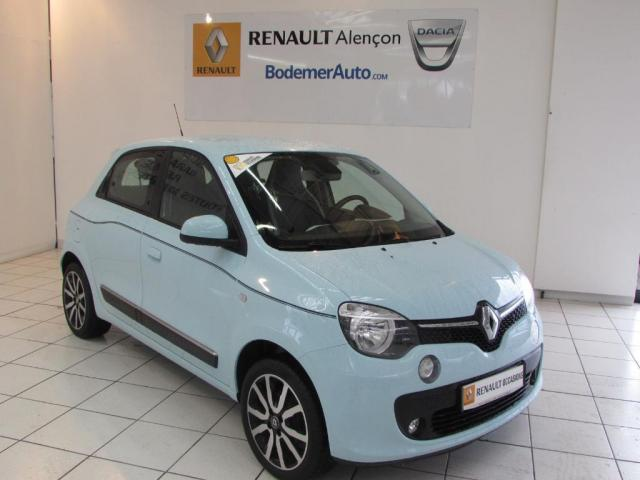 voiture occasion renault twingo iii 1 0 sce 70 eco2 stop start intens 2014 essence 61000. Black Bedroom Furniture Sets. Home Design Ideas