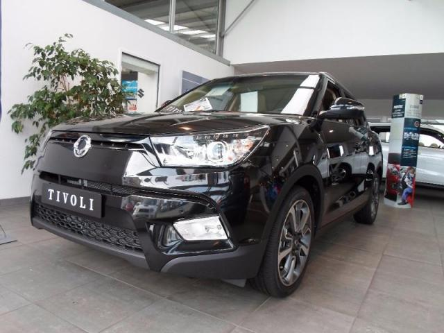 voiture occasion ssangyong tivoli 160 e xdi 115ch 2wd luxury a t 2018 diesel 29000 quimper. Black Bedroom Furniture Sets. Home Design Ideas