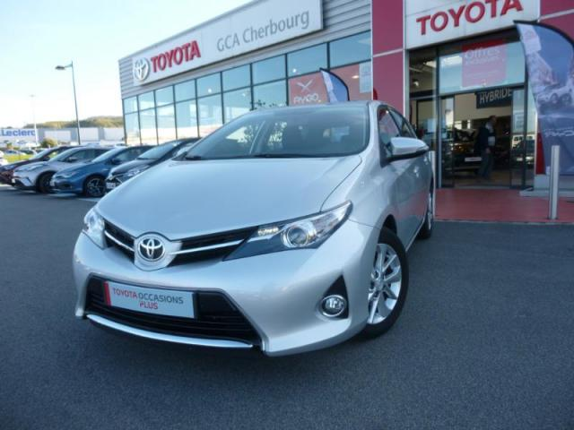 voiture occasion toyota auris 100 vvt i dynamic 2013. Black Bedroom Furniture Sets. Home Design Ideas